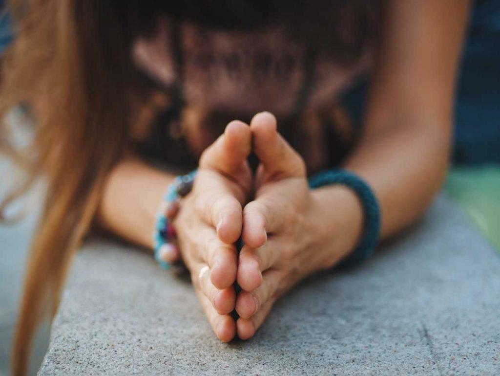 hands in gratitude pose